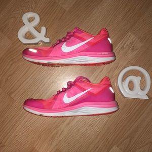 Woman Nike Gym Shoes